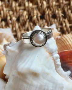 Pearl Ring, June Birthstone Ring, Single Pearl Ring, Bride Ring, Ready To Ship, June Birthstone Ring, Sterling Silver Ring, Gift for Her