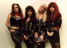 The Bangles, Milton Keynes Bowl 1986 ish Susanna Hoffs, The Bangles Band, Women Of Rock, Look Rock, We Will Rock You, Women In Music, Rock Groups, Rock Chic, Girl Bands