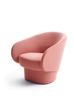 """Wie eine schützende Schale solle sich Sessel """"Roc"""" um den Körper legen, sagt Designer Uwe Fischer selbst über seinen Entwurf für den Möbelhersteller Cor. Erhältlich auch als Drehsessel. (Foto: Cor)"""