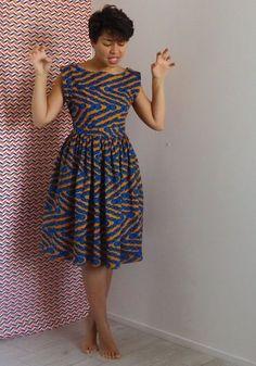 Super Fashion Model Back Ideas Short African Dresses, Latest African Fashion Dresses, African Inspired Fashion, African Print Dresses, African Print Fashion, Short Dresses, African Attire, African Wear, Samoan Dress