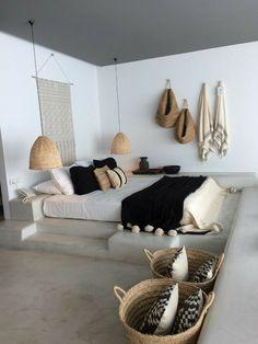 Idée décoration intérieure maison - déco chambre parentale moderne et éthique - aménagement intérieur tendance - tons naturels - blanc - bois