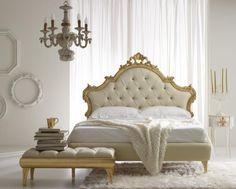 chambre contemporaine inspiration baroque en or et blanc