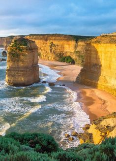 "The ""12 apostles"" are not far from Melbourne. Make sure you go to see them, and combine it with a scenic ride along the ocean, via Lorne (breathtaking views are guaranteed)..."