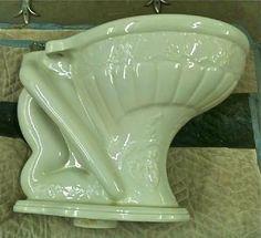 Vintage Plumbing Bathroom Antiques - Home http://www.vintageplumbing.com/