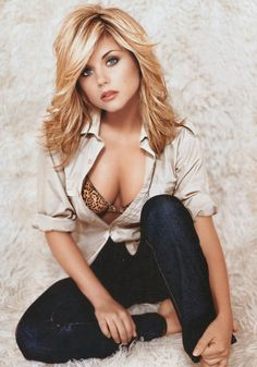 Tiffani-Amber Thiessen.