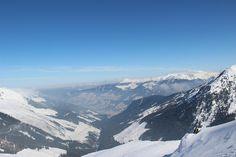 """""""Das Bergsteigen ist etwas Unstetes. Man geht und geht und kommt nie ans Ziel. Darin liegt vielleicht gerade der besondere Reiz. man sucht etwas, das man doch nie findet."""" - Hermann Buhl Habt ein tolles Wochenende liebe Wanderfreunde!"""