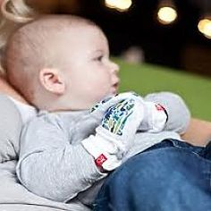 Designed to work, our mitts feature a two-part signature closure system that keeps scratches and germs at bay while adjusting to fit as baby grows. Baby Grows, Free Baby Stuff, Baby Registry, Kids And Parenting, Mittens, Children, Bamboo, Closure, Organic