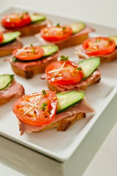 1000 images about canape sandwich on pinterest for Roast beef canape