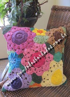 Capa de Almofada Floral colorido - 2011080
