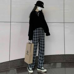 Korean Casual Outfits, Korean Outfit Street Styles, Edgy Outfits, Cute Casual Outfits, Korean Ootd, Korean Style, Korean Girl Fashion, Ulzzang Fashion, Korean Street Fashion