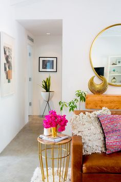 Bright and airy. This is pink done right;)