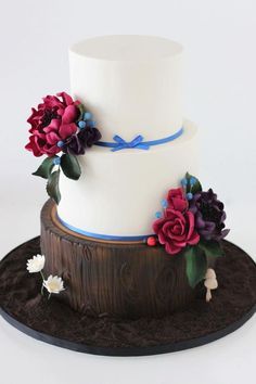 I REALLY like this idea. It seems like a smaller more simple cake but is not. - sharon wee