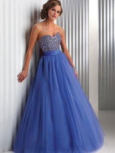 Formal Dresses for Teens. You know, in case I ever get a chance to wear something like this. (As long as it's modest! Formal Dresses For Teens, Prom Dresses Blue, Prom Party Dresses, Pageant Dresses, Dance Dresses, Homecoming Dresses, Dress Prom, Beautiful Prom Dresses, Pretty Dresses
