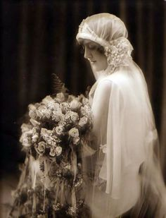 Have always loved 1920's brides