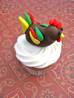 fondant rooster, love! Year of the Rooster - Chinese new year - Represent Year she is born in