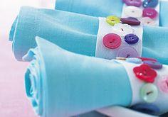 Serviettenringe aus Knöpfen