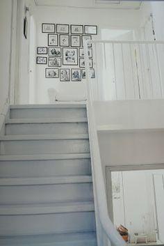 Make an entrance with photo montage arrangements