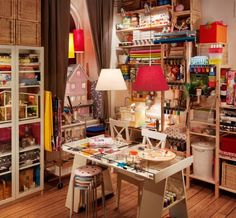 Nothing better than crafting than having an awesomely designed space!