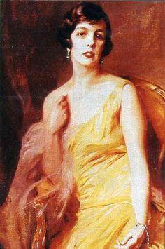 Charlotte Louvet Grimaldi [1898-1977] - nieślubna córka księcia Ludwika II i Marie Juliette Louvet. W 1918r. została adoptowana przez ojca i od tej chwili legalnie stała się członkiem rodziny Grimaldich.Od 1919r. księżna  Valentinois