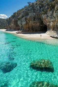 Cala Luna in Sardinia: Between Barbagia and Ogliastra in the center of the Easte. - Cala Luna in Sardinia: Between Barbagia and Ogliastra in the center of the Eastern Sardinien - Vacation Places, Vacation Destinations, Dream Vacations, Vacation Spots, Jamaica Vacation, Romantic Vacations, Vacation Ideas, Italy Vacation, Romantic Travel