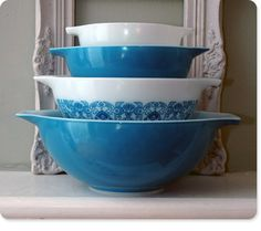 Time to Start Coveting Pyrex - http://boingboing.net/2012/09/13/time-to-start-coveting-vintage.html?utm_source=feedburner_medium=feed_campaign=Feed%3A+boingboing%2FiBag+%28Boing+Boing%29_content=My+Yahoo