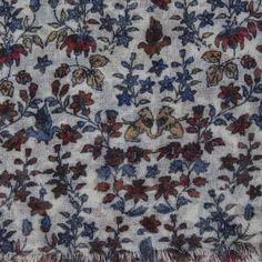 Ornamental Print Wool Scarf