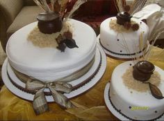 Traditional wedding cake. Traditional Wedding Decor, African Traditional Wedding, Traditional Cakes, African Wedding Cakes, African Cake, Zulu Wedding, Wedding Collage, Wedding Cake Inspiration, Elegant Cakes