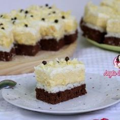 Prajitura Floare De Colt - Anyta Cooking Romanian Desserts, Food Cakes, Special Recipes, Coco, Vanilla Cake, Cake Recipes, Biscuits, Bakery, Cheesecake