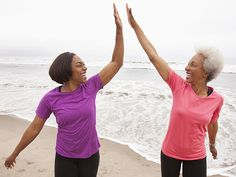 Core strength is important for older adults, but traditional abs exercises aren't necessarily best. These are the best ways to strengthen your core safely. Best Core Workouts, Core Exercises, Stretching Exercises, Ab Workouts, Brisk Walking, Bone Diseases, Bone Loss, Senior Fitness
