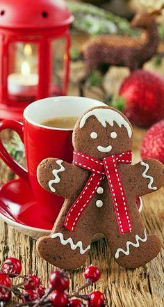 Christmas gingerbread man cookie with mug. Christmas Coffee, Christmas Kitchen, Noel Christmas, Christmas Goodies, Christmas Treats, Christmas Baking, Country Christmas, Vintage Christmas, Christmas Breakfast