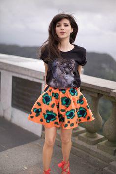 Graphic.Bright Skirt + TShirt