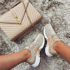 Nike prestos Tênis Feminino, Sapatos Femininos, Saltos, Usaflex, Tênis Cano Alto, Sapatos Da Moda, Sapatos Baixos, Sapatos Lindos, Sapatilhas