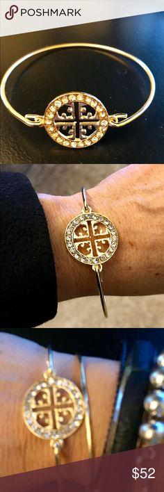 Tory Burch Gild Bangle Beautiful Tory Burch gold bangle bracelet. Perfect Xmas gift! Tory Burch Jewelry Bracelets