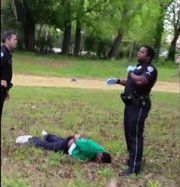 After Walter Scott Shooting, Scrutiny Turns to 2nd Officer - NYTimes.com