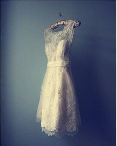 short vintage wedding dress for the reception