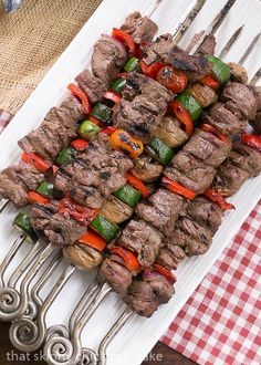 Four Kitchen Decorating Suggestions Which Can Be Cheap And Simple To Carry Out Beef Teriyaki Kabobs Tender Grilled Beef And Veggies Flavored With An Asian Marinade Kabob Recipes, Grilling Recipes, Beef Recipes, Cooking Recipes, Healthy Recipes, Sirloin Recipes, Grilling Ideas, Beef Sirloin, Fondue Recipes