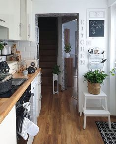 A good planning kitchen can definitely enhance the cooking experience and instill an inviting persona into the heart of your home. A small kitchen design with good and comfortable placement, can turn your cooking room into a friendly place to eat and chat in addition to preparing meals.