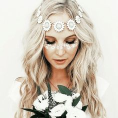Perfectly playful for any music festival this summer {flirty flower fever}