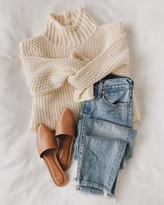 Stay as cozy as can be in the Lulus Scenic Route Cream Knit Turtleneck Sweater while you take in all the autumnal sights! Chunky purl knit shapes this cold-weather essential that features a tur Look Fashion, Fashion Outfits, Womens Fashion, Fashion Trends, Fashion Fall, Fashion Ideas, Girl Fashion, Fall Winter Outfits, Autumn Winter Fashion