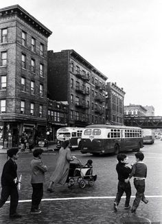 Photograph by Cornell Capa. Bronx, New York, October 1952