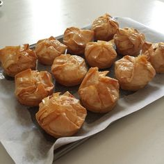 Ok so they're not literally cupcakes. They are round little parcels of flaky, buttery, syrupy, custardy goodness. My history with galaktoboureko began about five years ago, which was the fi… Greek Sweets, Greek Desserts, Greek Recipes, Just Desserts, Dessert Recipes, Cake Recipes, Albanian Recipes, Bosnian Recipes, Phyllo Recipes