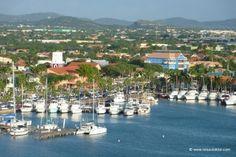 http://www.reisedoktor.com/reisemagazin/reiseberichte/karibik-kreuzfahrt/  Hafen in Oranjestad Aruba