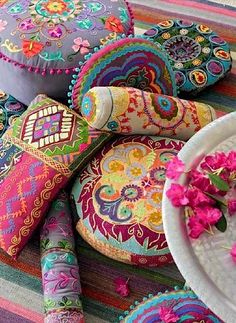 colorful pillows. boho pillows.