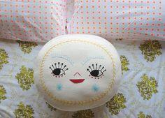 Beci Orpin cushion on Hello Sandwich blog
