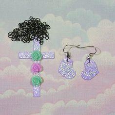 ♥ sweet lolita, fairy kei, decora, magical girl, decora, magical girl necklace, pastel goth cross necklace, glitter hear earrings, pastel goth jewelry set ♥  https://www.etsy.com/shop/starlightsparkles