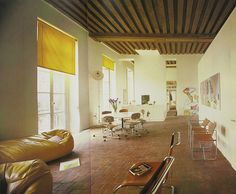 Paris home of architect Richard Rogers, Vintage Interior Design, Bohemian Interior, Vintage Interiors, Yellow Interior, Interior And Exterior, Studio Room, Commercial Interiors, Apartment Design, Home And Living