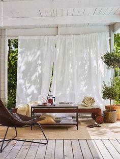 9 New IKEA Hacks + Ideas poppytalk - Draussenzimmer/ Ikea Ikea Patio, Ikea Outdoor, Outdoor Curtains, Outdoor Seating, Outdoor Rooms, Outdoor Lounge, Drapes Curtains, White Curtains, Outdoor Living