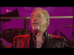 Tom Jones - Save The Last Dance For Me - Basel 2009
