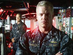"""In den USA bereits seit Jahren ein Hit, startet """"The Last Ship"""" nun endlich auch im deutschen Free-TV. Der ehemalige """"Grey's Anatomy""""-Star Eric Dane tauscht in der Actionserie seinen Arztkittel gegen eine Navy-Uniform."""