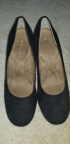 a86a1595073 Aerosoles Shoes Women s Size 9M Black Gold-tone Studded Wedges Heels Plum  Tree